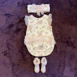 Kyle & Deena Baby Girls Outfit Size 3-6 Month NWOT
